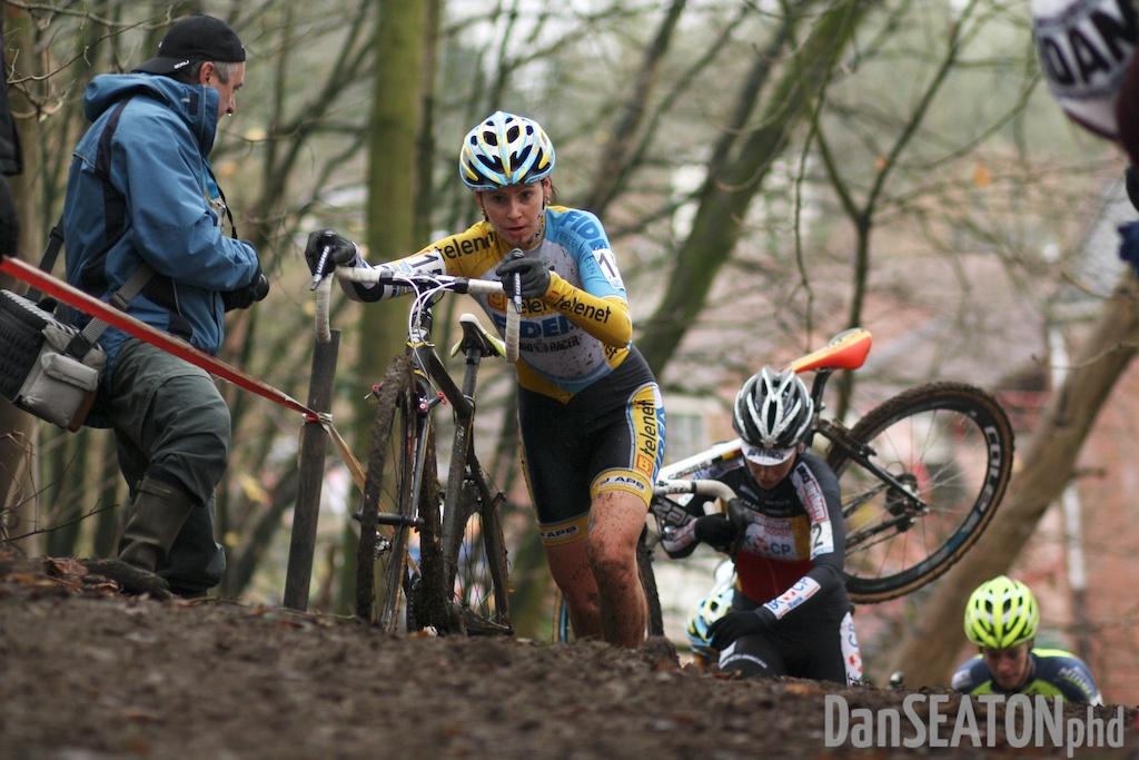Druivencross Overijse - Nikki Harris